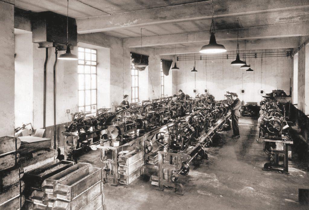 stabilimento pinerolo inizi '900 mustad viti